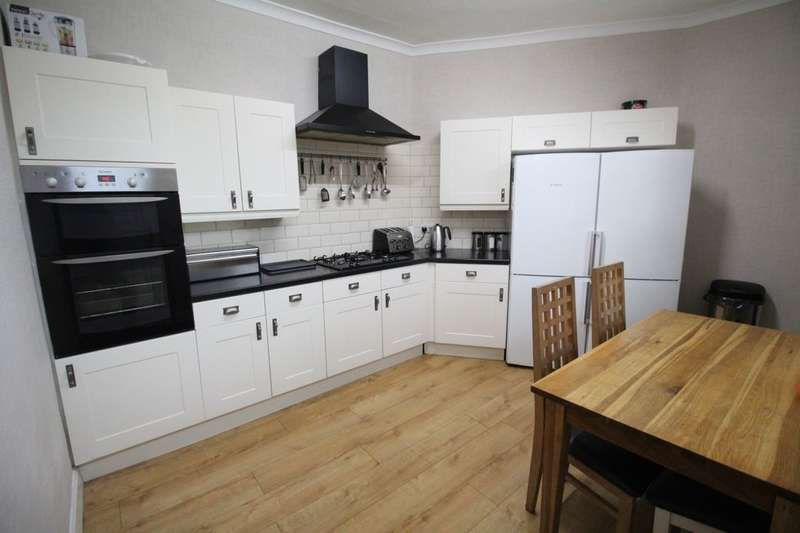 3 Bedrooms Terraced House for sale in Eldwick Street, Burnley, BB10