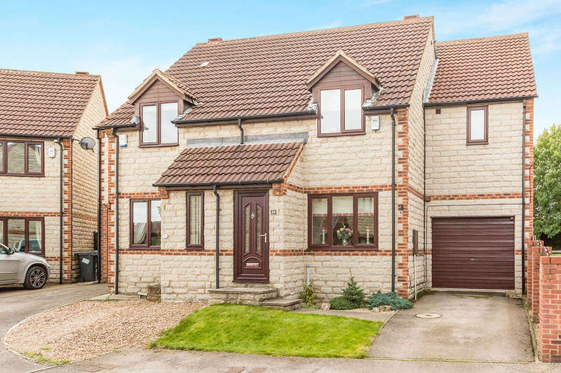 3 Bedrooms Semi Detached House for sale in Berry Edge Close, Conisbrough, Doncaster, DN12