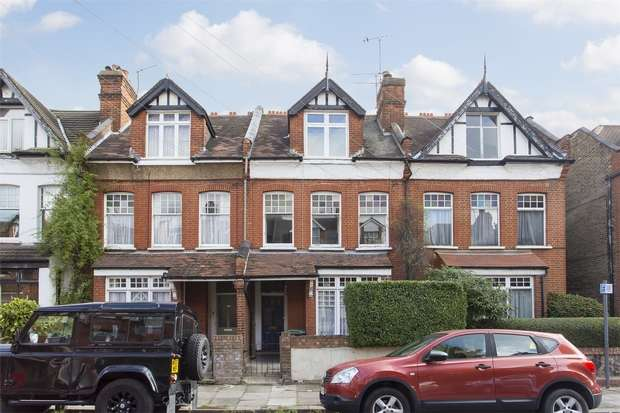 3 Bedrooms Flat for sale in Nelson Road, Crouch End, N8