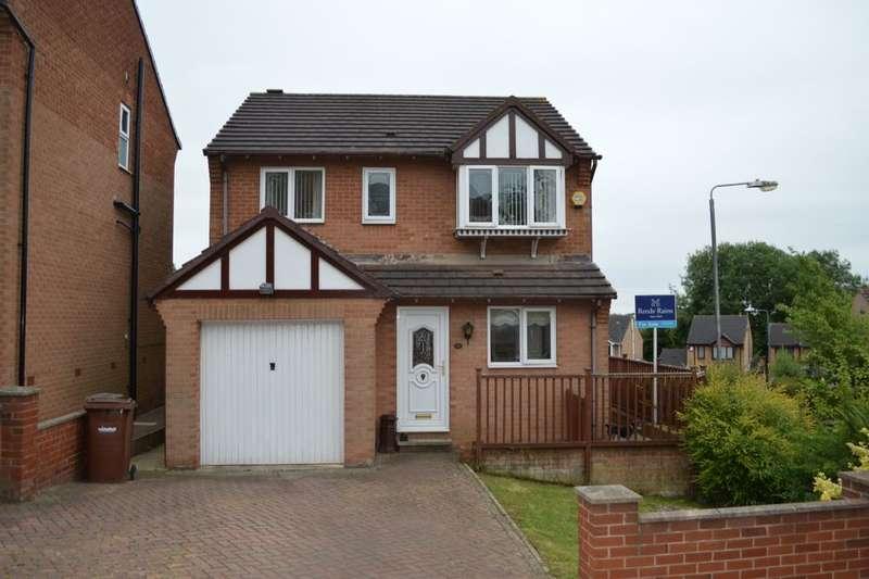 4 Bedrooms Detached House for sale in Richmond Road, Upton, Pontefract, WF9