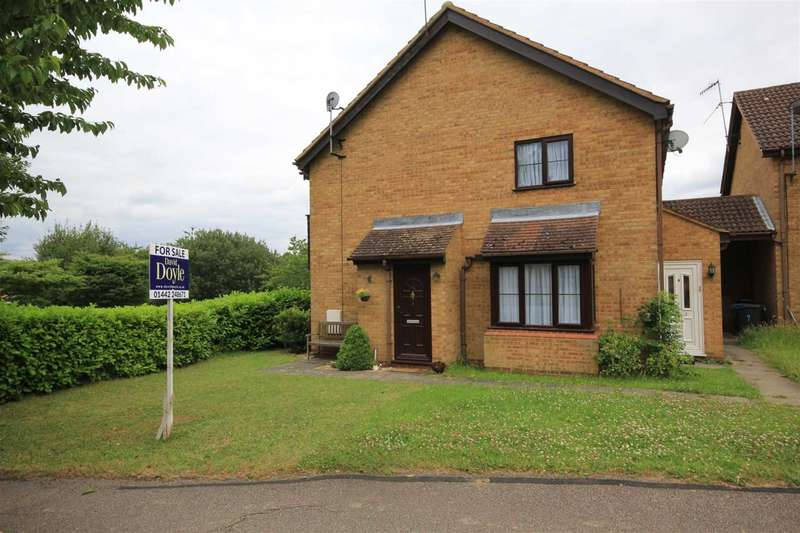 1 Bedroom House for sale in 1 BED HOUSE with garden on A MODERN DEVELOPMENT in The Pastures, Fields End, HP1.