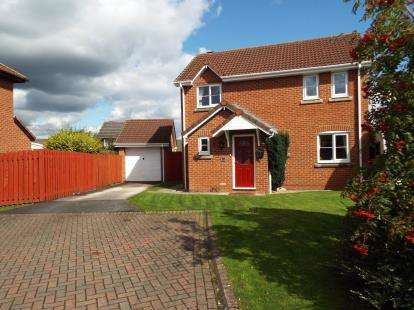 3 Bedrooms Detached House for sale in Watersedge, Frodsham, Cheshire, WA6