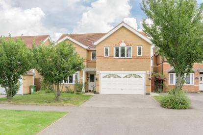 4 Bedrooms Detached House for sale in Monellan Grove, Caldecotte, Milton Keynes, Buckinghamshire