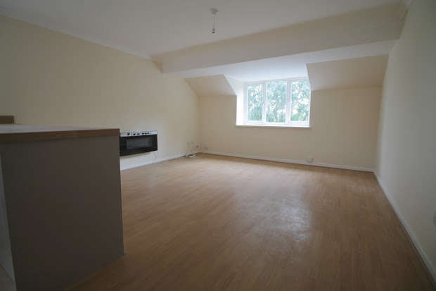 2 Bedrooms Apartment Flat for sale in Newport Road, Cardiff, CF24
