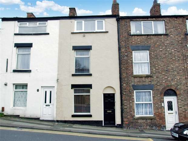 3 Bedrooms Terraced House for sale in Hurdsfield Road, Macclesfield, Cheshire