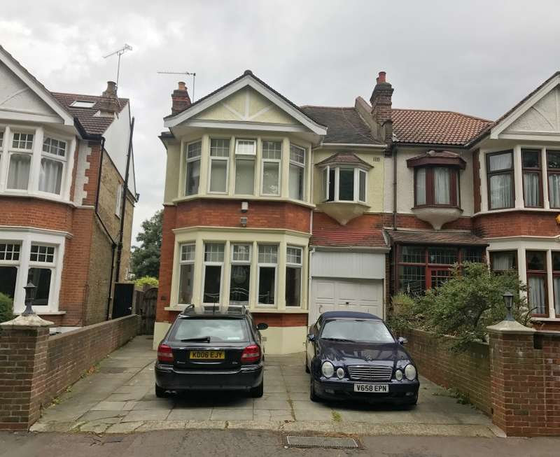 4 Bedrooms Semi Detached House for sale in Blake Hall Crescent, Wanstead, London, E11 3RH