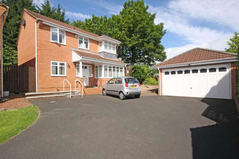 4 Bedrooms Detached House for sale in Castle Riggs, Chester-le-Street, DH2 2DL