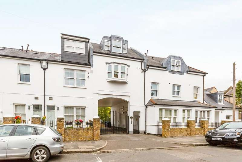 2 Bedrooms Flat for sale in Copper Mews, London