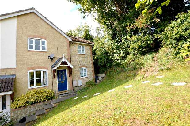 3 Bedrooms Semi Detached House for sale in The Budding, Stroud, Gloucestershire, GL5 1XU