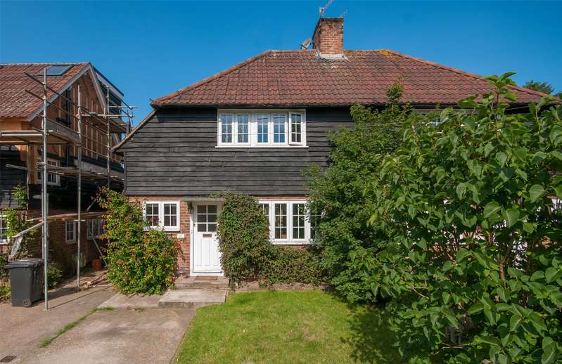 4 Bedrooms Semi Detached House for sale in Tranquil Dale, Buckland, Betchworth, Surrey, RH3