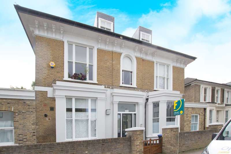 2 Bedrooms Flat for sale in Cavendish Road, Kilburn, NW6