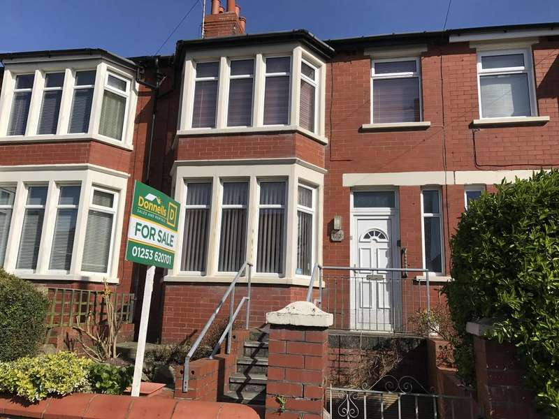 3 Bedrooms Terraced House for sale in Layton Road, Blackpool FY3