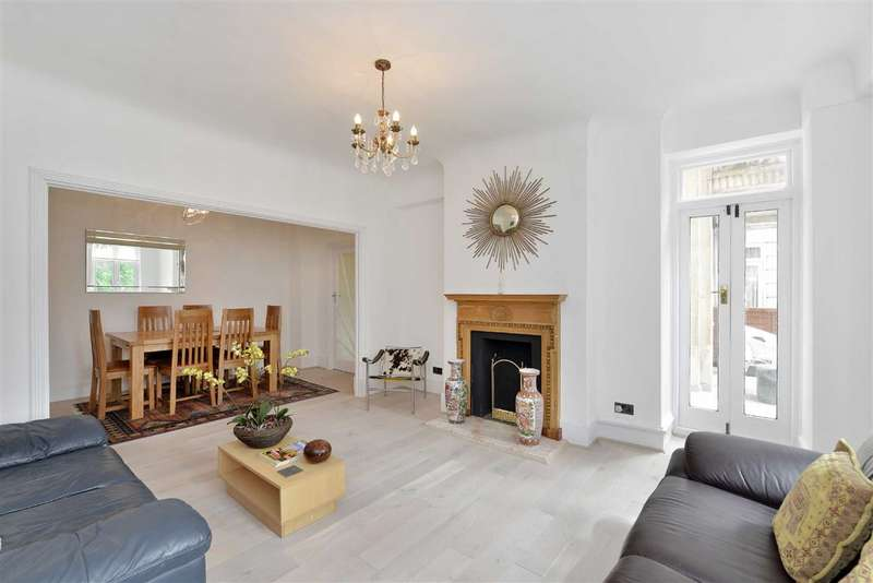 2 Bedrooms Flat for sale in Grove Hall Court, London, NW8