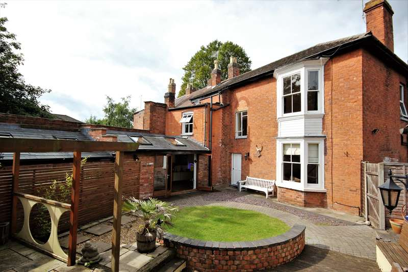 4 Bedrooms End Of Terrace House for sale in Rose Terrace, Worcester, WR5