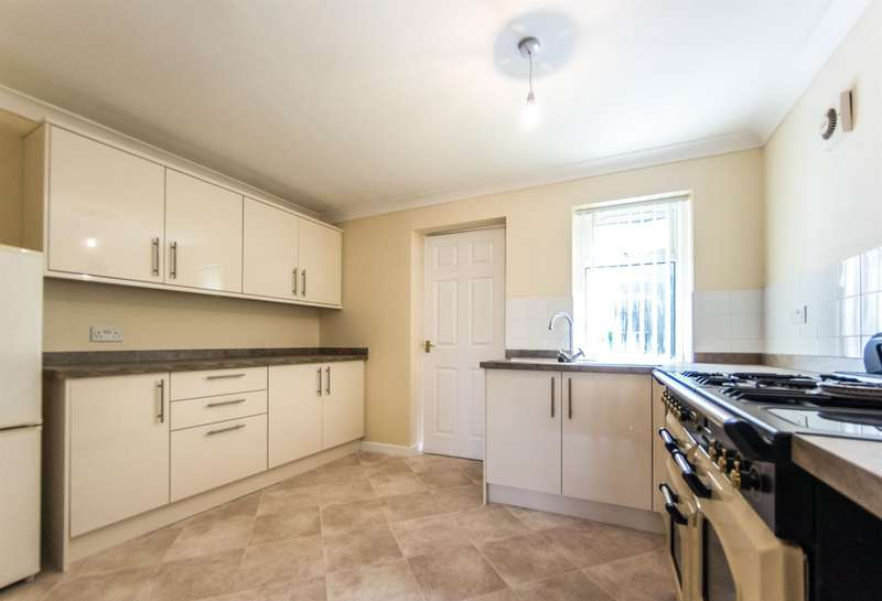 2 Bedrooms Terraced House for sale in Gors Avenue, Townhill, Swansea