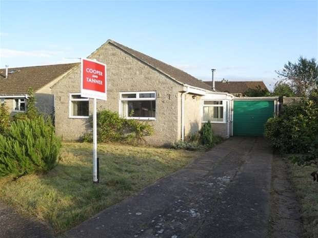 2 Bedrooms Detached Bungalow for sale in Church Road, Coxley, Wells