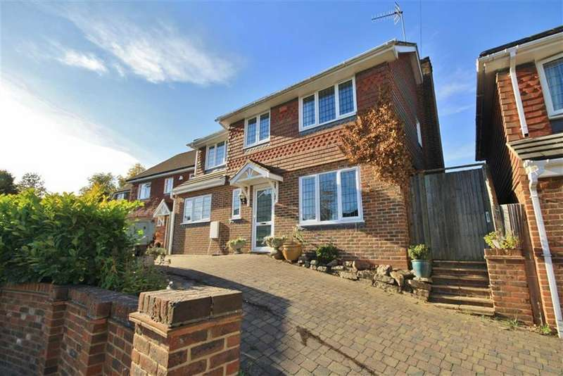4 Bedrooms Detached House for sale in Plaxtol, Kent