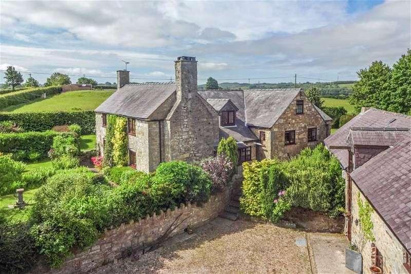 5 Bedrooms Detached House for sale in Ffordd Nercwys, Treuddyn, Mold