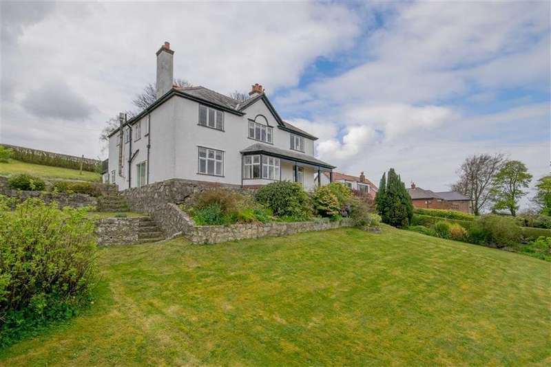 5 Bedrooms Detached House for sale in Glyndwr Road, Gwernymynydd, Mold