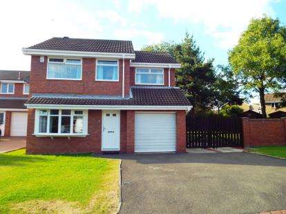 4 Bedrooms Detached House for sale in Skaylock Drive, Lambton, Washington, Tyne and Wear, NE38