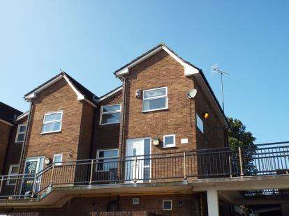 3 Bedrooms Terraced House for sale in Hulton District Centre, Little Hulton, Worsley, Manchester