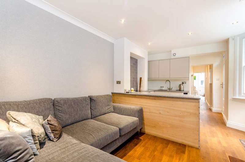1 Bedroom Flat for sale in St Gothard Road, West Norwood, SE27