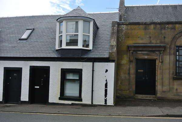 Studio Flat for sale in 21 Townhead Street, Strathaven, ML10 6AB