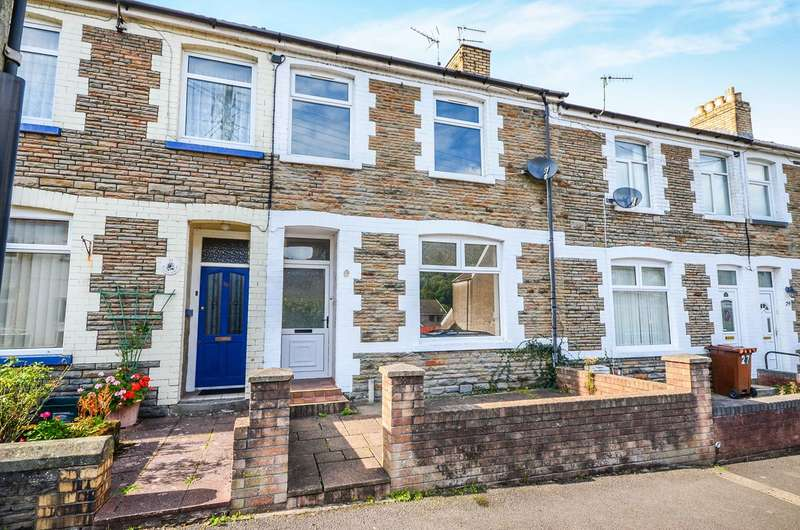 3 Bedrooms Terraced House for sale in Garden Street, Llanbradach, Caerphilly, CF83