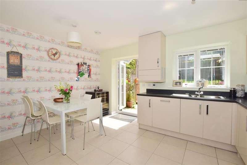 3 Bedrooms Terraced House for sale in Brick Lane, Cuckfield, Haywards Heath, West Sussex