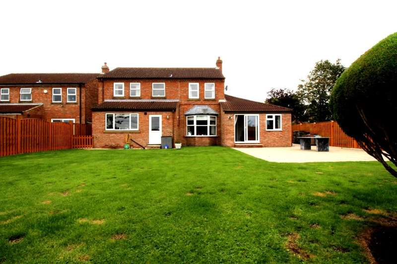 5 Bedrooms Detached House for sale in Main Street, Knapton, York, YO26
