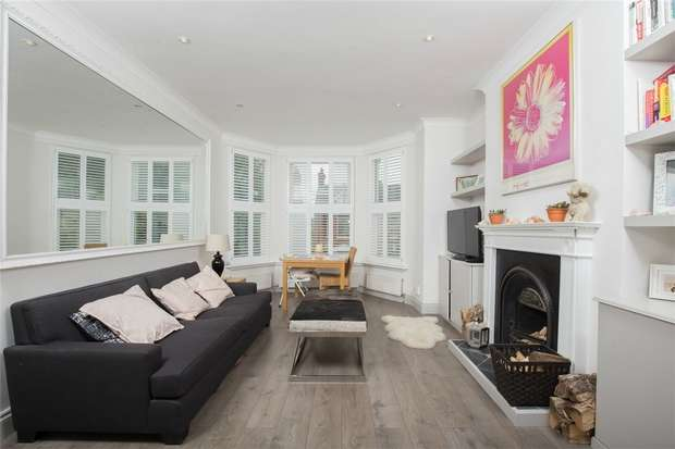 3 Bedrooms Flat for sale in Radcliffe Avenue, Kensal Green, London