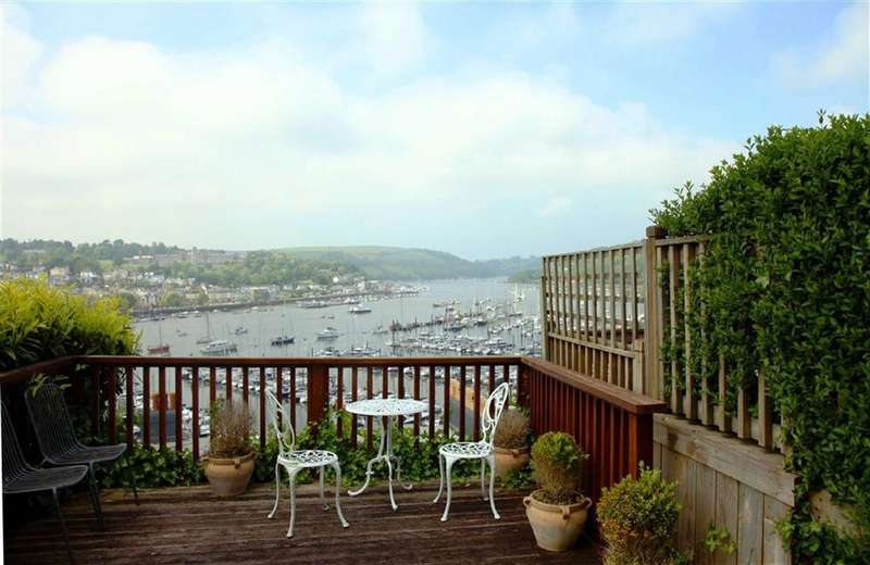 2 Bedrooms Semi Detached House for sale in Hillside Terrace, Fore Street, Kingswear, Devon, TQ6
