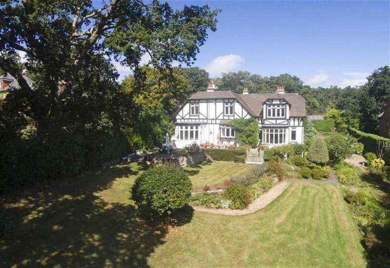 6 Bedrooms Detached House for sale in Kyrchil Lane, Wimborne, Dorset