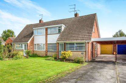 2 Bedrooms Bungalow for sale in Sherwood Walk, Leamington Spa, Warwickshire, England