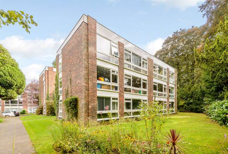2 Bedrooms Apartment Flat for sale in Ottershaw