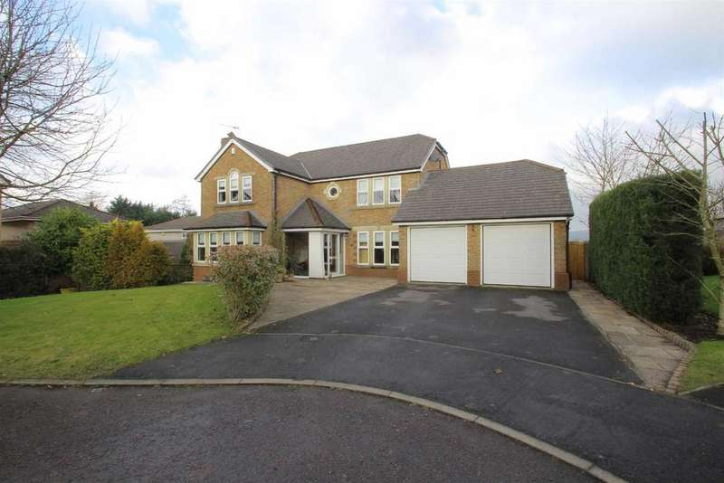 4 Bedrooms Detached House for sale in Hippings Way, Clitheroe