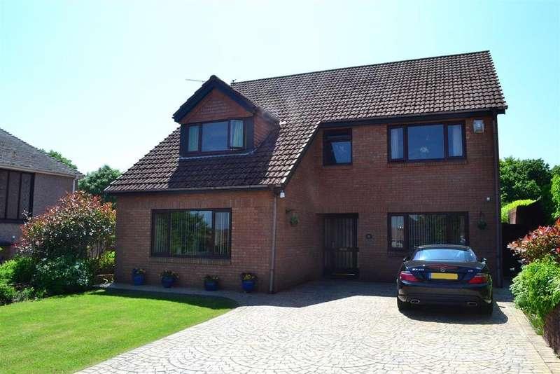 5 Bedrooms Detached House for sale in Saunders Way, Sketty, Swansea
