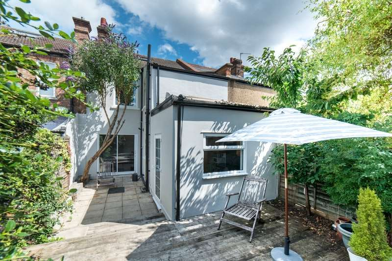 3 Bedrooms Terraced House for sale in Judge Street, Watford, Hertfordshire, WD24