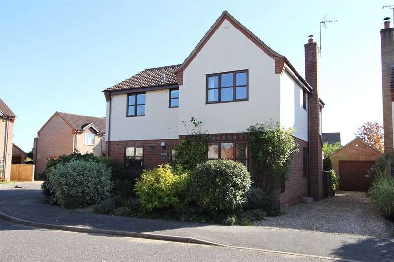 4 Bedrooms Detached House for sale in Mallard Way, Hollesley