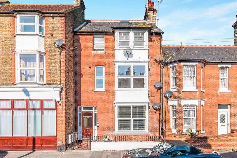 1 Bedroom Flat for sale in York Street, Broadstairs, CT10