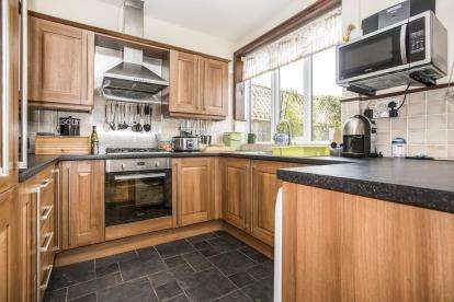 3 Bedrooms Terraced House for sale in Woodville Street, Farington, Leyland