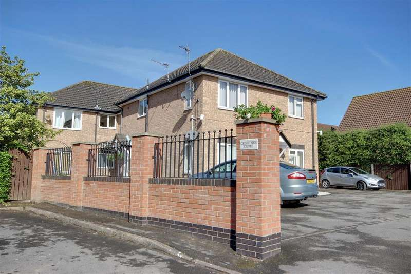 2 Bedrooms Apartment Flat for sale in Crowther Way, Swanland, North Ferriby
