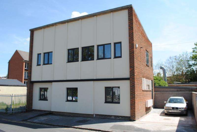 2 Bedrooms Apartment Flat for sale in Factory Street, Loughborough