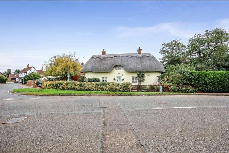 3 Bedrooms Cottage House for sale in Ampthill Road, Maulden, Bedford, MK45