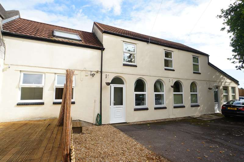 2 Bedrooms Semi Detached House for sale in Foxwood Close, Bassaleg, NEWPORT, NP10