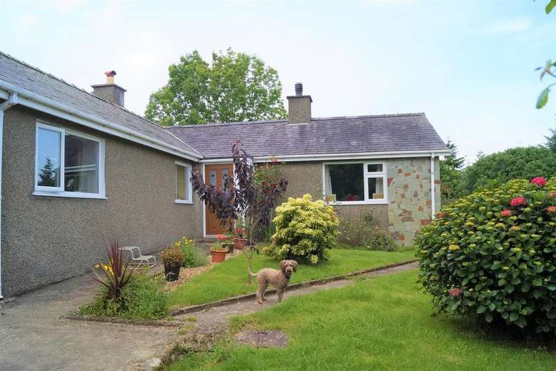 3 Bedrooms Detached Bungalow for sale in Boduan, Pwllheli
