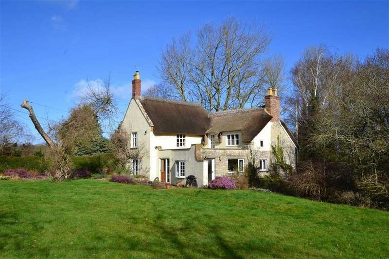 4 Bedrooms Detached House for sale in Bickenhall, Taunton, Somerset, TA3