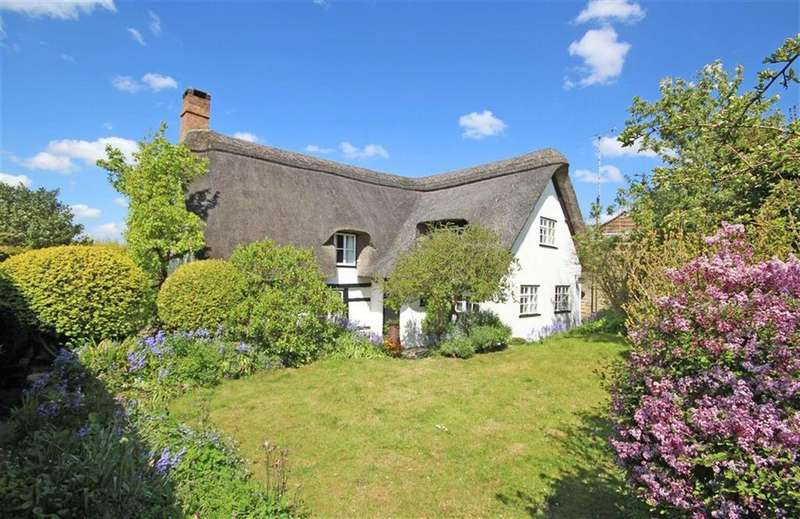 3 Bedrooms Detached House for sale in Stockwell Lane, Woodmancote, Cheltenham, GL52