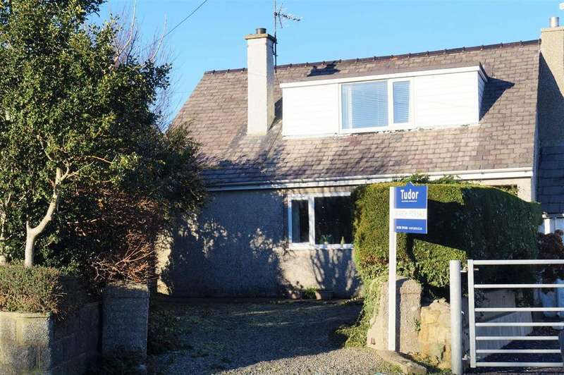 3 Bedrooms Terraced House for sale in Ffordd Dewi Sant, Nefyn