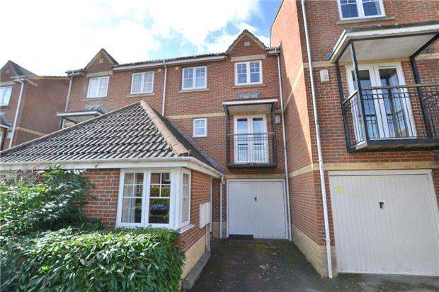 6 Bedrooms Terraced House for sale in Troy Close, Headington, OXFORD, OX3 7SG